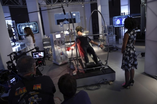 "That ""Girl in the Flower Dress"" is out villain this episode...should give you some insight into why this show is kind of boring...real menacing dress pattern, tho. Behind the scenes image via sciencefiction.com"